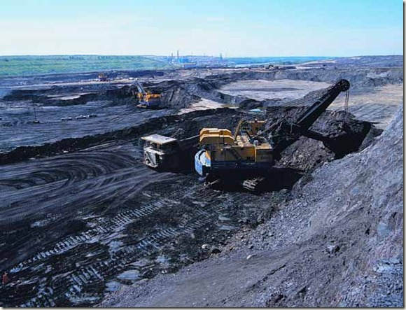 oil_sands_open_pit_mining1