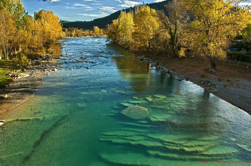 Los ríos son uno de los multiples ecosistemas de agua dulce. Imagen: Kom bo