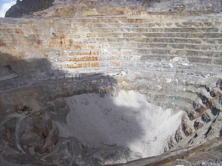 Minas de Coltán que contienen minerales de sangre